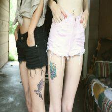 大腿上的闺蜜蝴蝶纹身图案