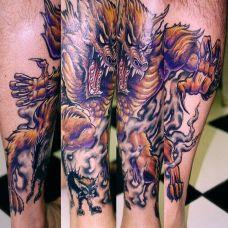 小腿上的恶狼纹身图案