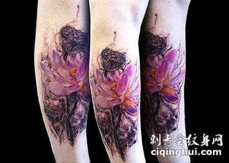 荷塘月色,小腿好看的莲花彩绘纹身