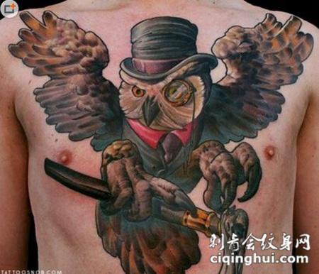 暗黑猫头鹰胸部纹身