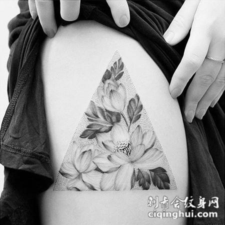 爱莲之说,大腿好看的莲花点刺纹身
