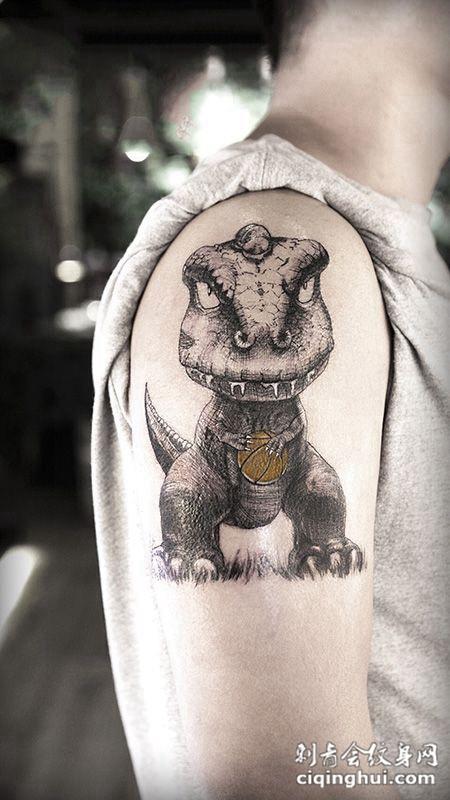远古巨兽,手臂可爱小恐龙卡通素描纹身(图片编号:)图片