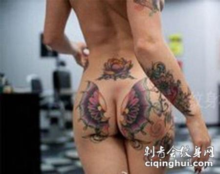 炫彩奇异臀部纹身