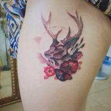 个性麋鹿纹身图