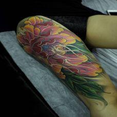 百花之王,大腿牡丹花彩绘纹身图案