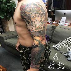 慈爱众生,好看的象神与孔雀花臂纹身