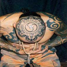 男生头部刺青图片 藏文图腾图案欣赏