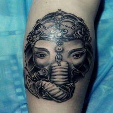 慈悲为怀,小腿黑灰象神纹身图案