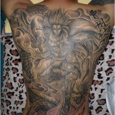 满背二郎神背部纹身