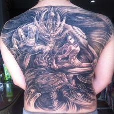 背部全甲经典纹身