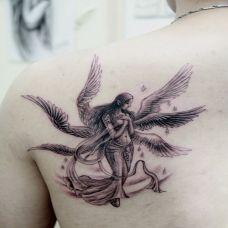 背部超经典六翼美女天使纹身图案