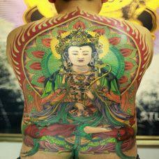 满背彩绘纹身观音图片欣赏