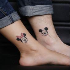 情侣创意腿部纹身