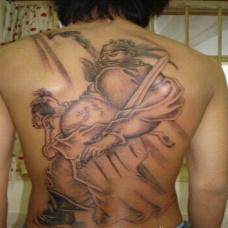 适合霸气男的钟馗满背纹身图案