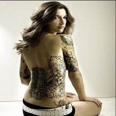 欧美女郎时尚纹身