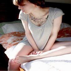 肩部锁骨位置唯美纹身图案