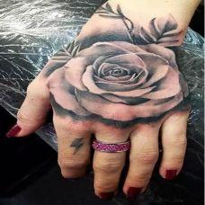 手腕黑色3D玫瑰花纹身图案