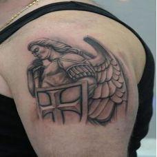 欧美好看的天使纹身图案