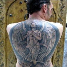 背部守护天使经典纹身