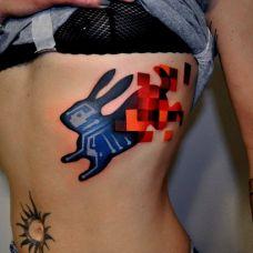 动物彩图腰部纹身
