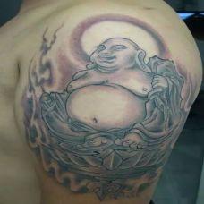 男生胳膊弥勒佛纹身图案大全