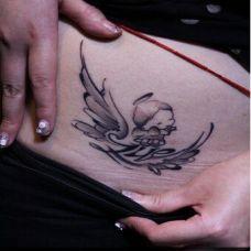 天使精灵腹部纹身