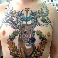 精美麋鹿胸部纹身
