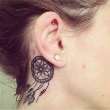 女生唯美耳背纹身经典图案