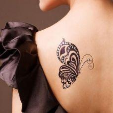 美女肩部唯美蝴蝶纹身图案大全