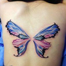 精灵翅膀背部纹身