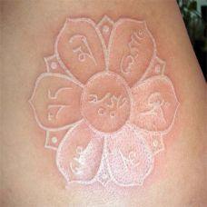 适合男女手臂隐形鸽子血艺术纹身图案