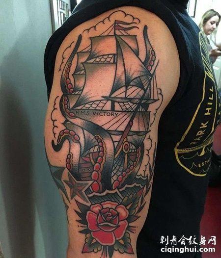 Old School大臂帆船玫瑰纹身图案