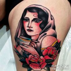 Old School大腿女人纹身图案