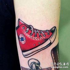 Old School小臂鞋子纹身图案