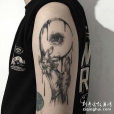 点线大臂手纹身图案