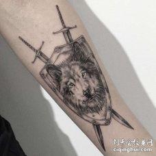 写实小臂狼纹身图案