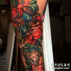 New School大臂沙漏玫瑰钟表纹身图案