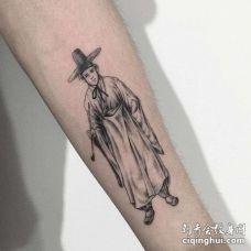 点刺小臂人像纹身图案