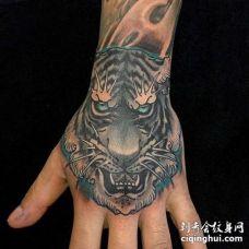 新传统手背老虎纹身图案