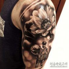 写实大臂纹身图案