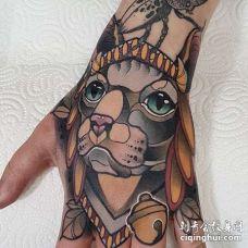 New School手背猫纹身图案