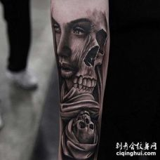 写实小臂女人骷髅纹身图案