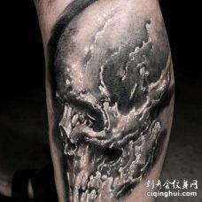 写实小腿骷髅纹身图案