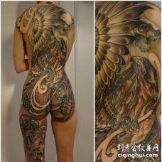 新传统后背老鹰纹身图案