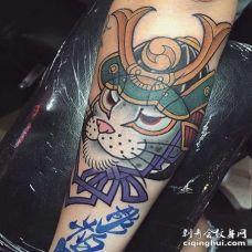 日式小臂猫纹身图案