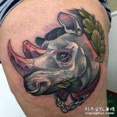 New School大腿犀牛纹身图案