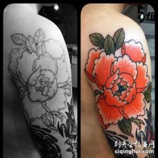 日式大臂牡丹纹身图案