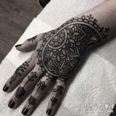 几何手背繁花纹身图案