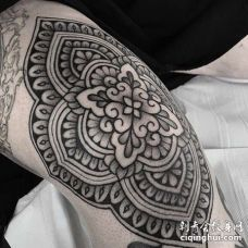 几何膝盖繁花纹身图案