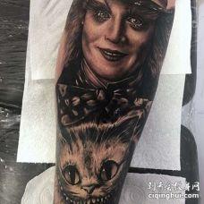 写实小臂爱丽丝梦游仙境纹身图案